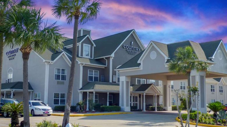 """Country Inn  and  Suites Biloxi-Ocean Springs Exterior. Images powered by <a href=""""http://web.iceportal.com"""" target=""""_blank"""" rel=""""noopener"""">Ice Portal</a>."""