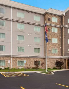 Country Inn & Suites Buffalo South I-90