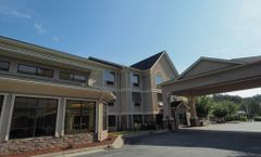 Country Inn & Suites Canton