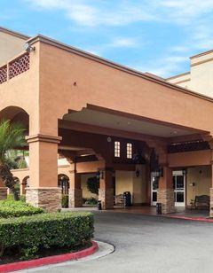 Country Inn & Suites John Wayne Airport