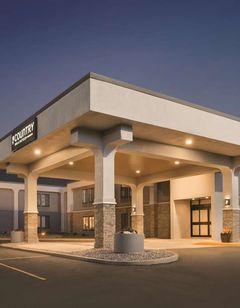 Country Inn & Suites La Crosse, WI
