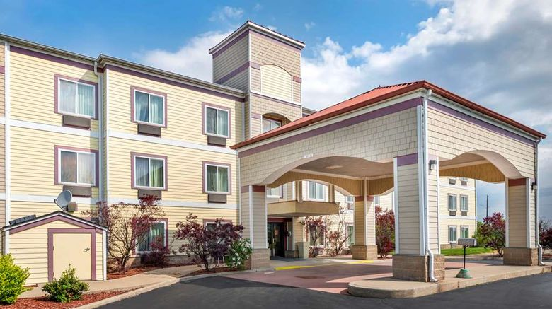 """Quality Inn Rensselaer Exterior. Images powered by <a href=""""http://web.iceportal.com"""" target=""""_blank"""" rel=""""noopener"""">Ice Portal</a>."""