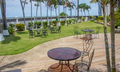 Radisson Fort George Hotel and Marina