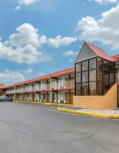 Days Inn by Wyndham Perrysburg
