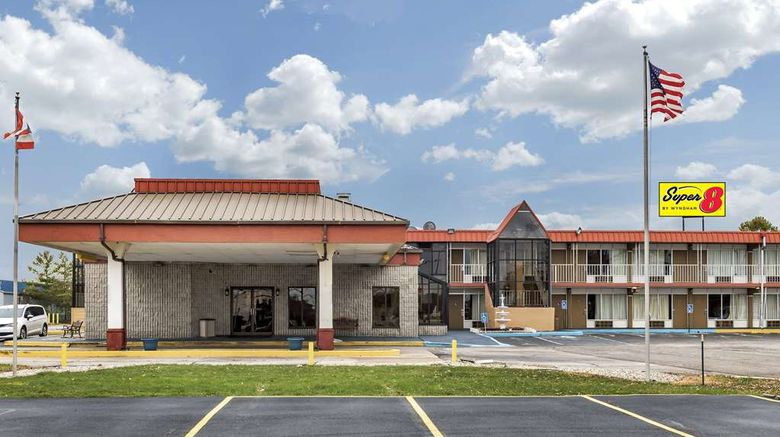 """Super 8 by Wyndham Perrysburg Exterior. Images powered by <a href=""""http://web.iceportal.com"""" target=""""_blank"""" rel=""""noopener"""">Ice Portal</a>."""