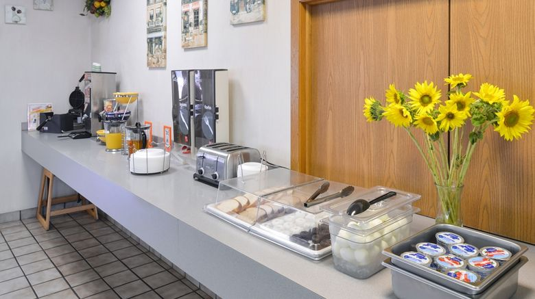 """<b>Americas Best Value Inn Restaurant</b>. Images powered by <a href=""""https://iceportal.shijigroup.com/"""" title=""""IcePortal"""" target=""""_blank"""">IcePortal</a>."""