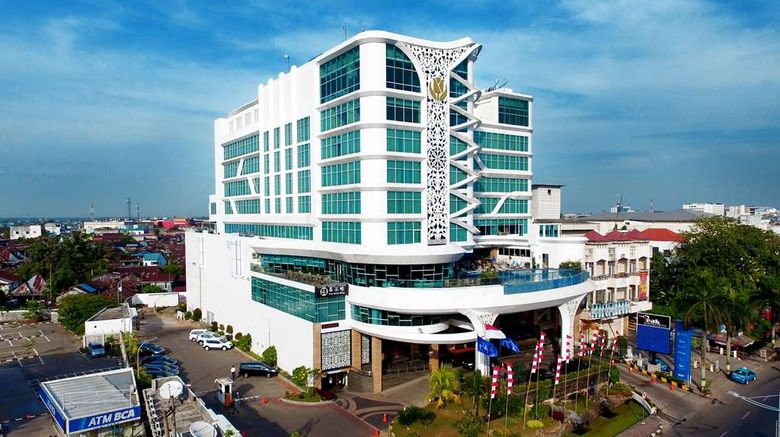 """Golden Tulip Galaxy Banjarmasin Exterior. Images powered by <a href=""""http://web.iceportal.com"""" target=""""_blank"""" rel=""""noopener"""">Ice Portal</a>."""