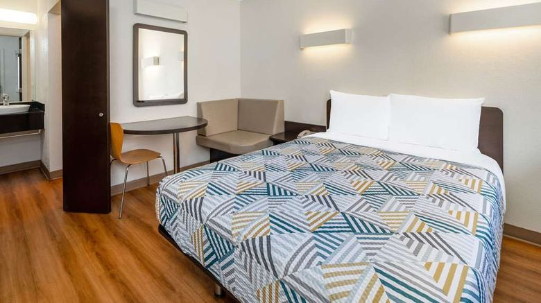 """<b>Motel 6 Santa Barbara State Street Room</b>. Images powered by <a href=""""https://iceportal.shijigroup.com/"""" title=""""IcePortal"""" target=""""_blank"""">IcePortal</a>."""