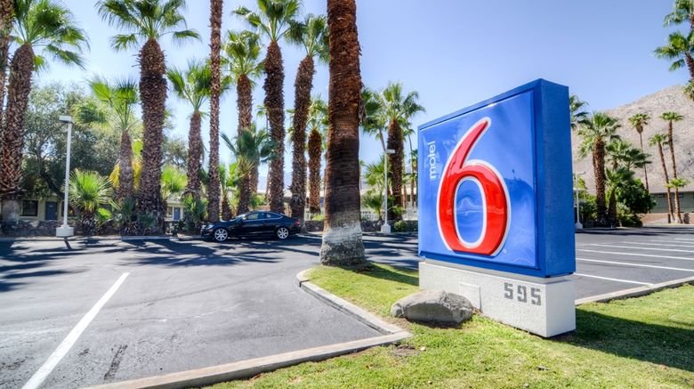 """Motel 6 Palm Springs E East Palm Canyon Exterior. Images powered by <a href=""""http://web.iceportal.com"""" target=""""_blank"""" rel=""""noopener"""">Ice Portal</a>."""