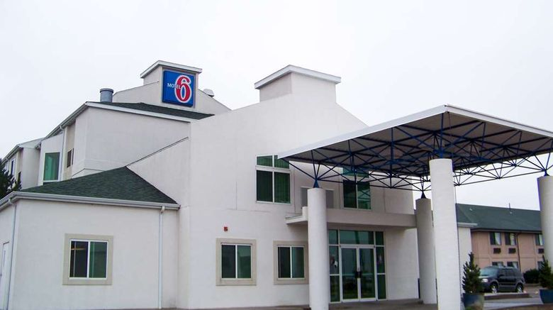 """Motel 6 Sidney Exterior. Images powered by <a href=""""http://web.iceportal.com"""" target=""""_blank"""" rel=""""noopener"""">Ice Portal</a>."""