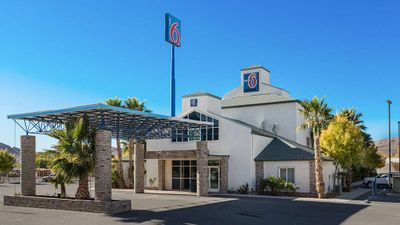 Motel 6 Beatty Death Valley
