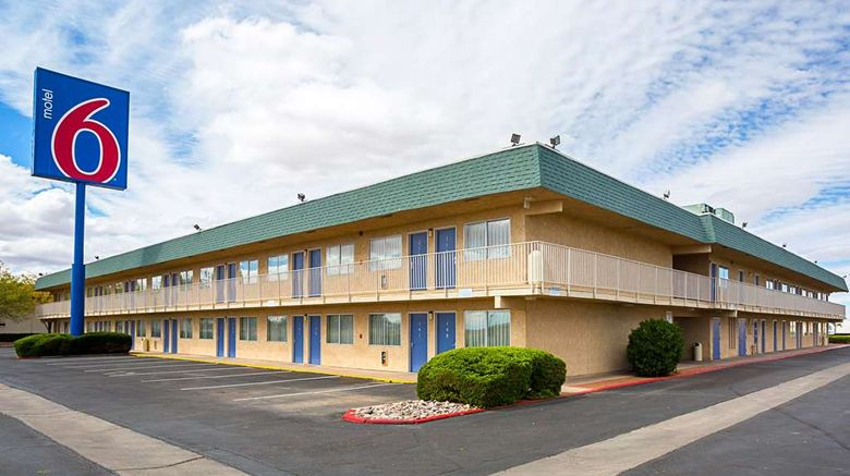 """Motel 6 Holbrook Exterior. Images powered by <a href=""""http://web.iceportal.com"""" target=""""_blank"""" rel=""""noopener"""">Ice Portal</a>."""