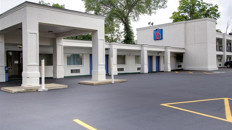 """Motel 6 Richfield Exterior. Images powered by <a href=""""http://web.iceportal.com"""" target=""""_blank"""" rel=""""noopener"""">Ice Portal</a>."""
