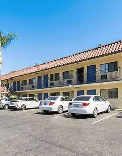 Motel 6 UCR Riverside