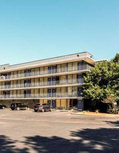Motel 6 Marietta