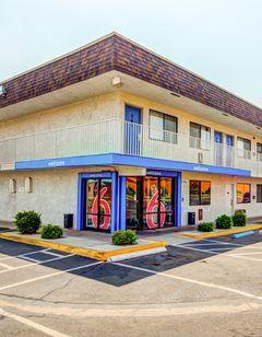 Motel 6 St George