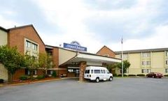 Howard Johnson Hotel Newark Airport