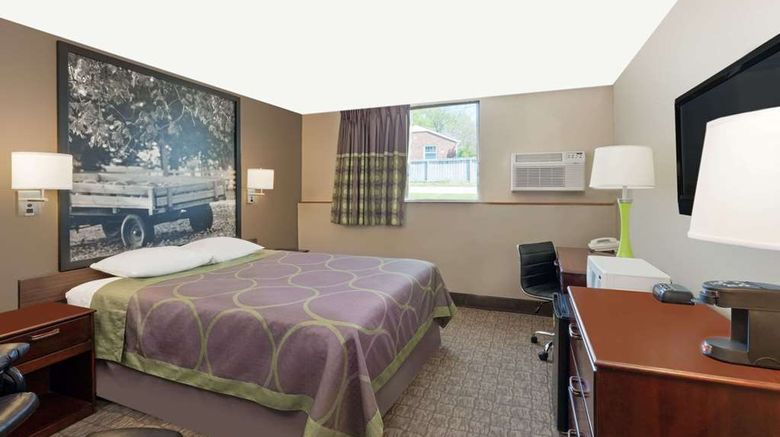 """<b>Super 8 Carroll Room</b>. Images powered by <a href=""""https://iceportal.shijigroup.com/"""" title=""""IcePortal"""" target=""""_blank"""">IcePortal</a>."""