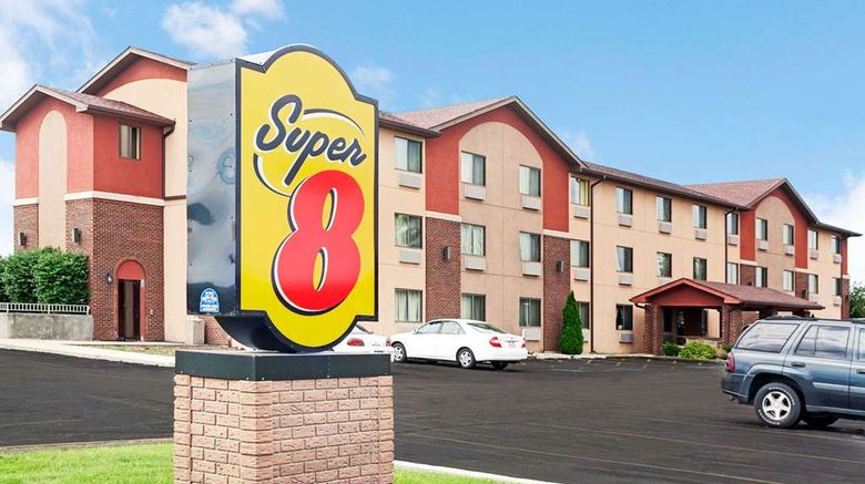 """Super 8 Romeoville Bolingbrook Exterior. Images powered by <a href=""""http://web.iceportal.com"""" target=""""_blank"""" rel=""""noopener"""">Ice Portal</a>."""