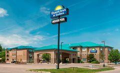 Days Inn & Suites Brandon