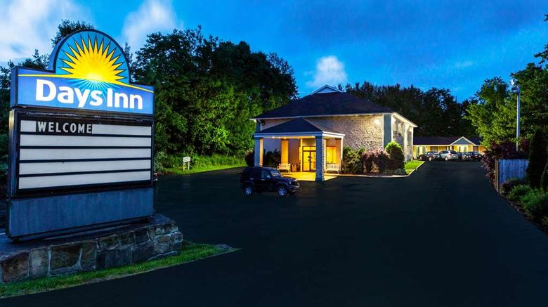"""Days Inn by Wyndham Donegal Exterior. Images powered by <a href=""""http://web.iceportal.com"""" target=""""_blank"""" rel=""""noopener"""">Ice Portal</a>."""