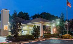 Days Inn & Suites Cherry Hill