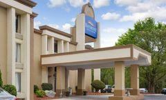 Baymont Inn & Suites Charlotte Airport