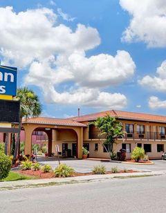 Days Inn & Suites Orlando/UCF Area
