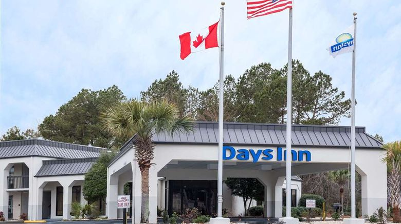 """Days Inn Walterboro Exterior. Images powered by <a href=""""http://web.iceportal.com"""" target=""""_blank"""" rel=""""noopener"""">Ice Portal</a>."""
