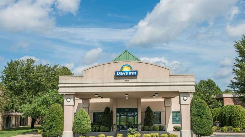 """Days Inn Paducah Exterior. Images powered by <a href=""""http://web.iceportal.com"""" target=""""_blank"""" rel=""""noopener"""">Ice Portal</a>."""