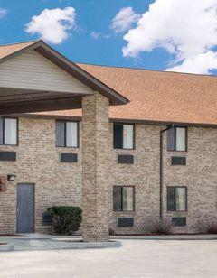 Super 8 Gas City Marion Area
