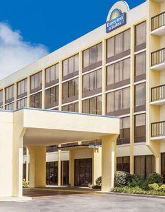 Days Inn & Suites SE Columbia Ft Jackson