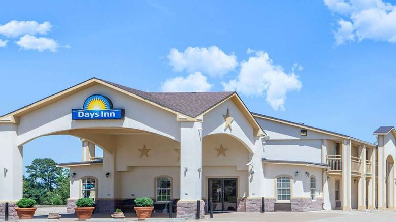 """Days Inn Centerville Exterior. Images powered by <a href=""""http://web.iceportal.com"""" target=""""_blank"""" rel=""""noopener"""">Ice Portal</a>."""