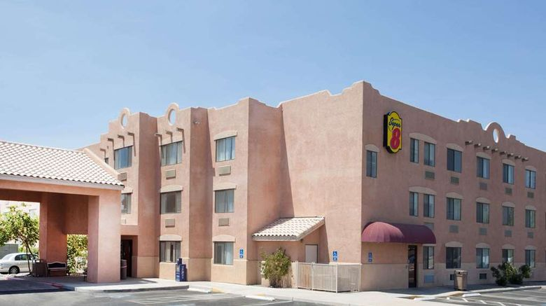 """Super 8 Yuma Exterior. Images powered by <a href=""""http://web.iceportal.com"""" target=""""_blank"""" rel=""""noopener"""">Ice Portal</a>."""