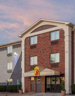 Super 8 (Wyndham) Bedford, TX, DFW-West