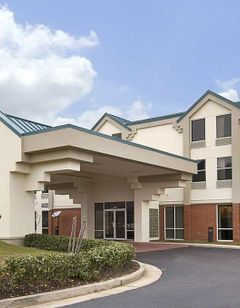 Days Inn & Suites Ridgeland