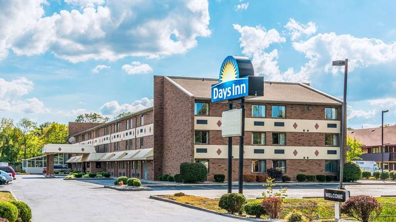 """Days Inn Hurstbourne Exterior. Images powered by <a href=""""http://web.iceportal.com"""" target=""""_blank"""" rel=""""noopener"""">Ice Portal</a>."""