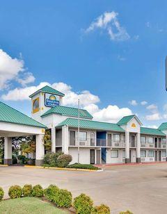 Days Inn & Suites Bentonville