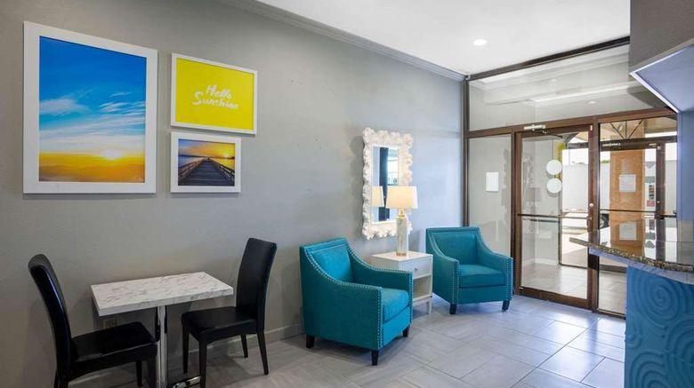 """Days Inn Lonoke Lobby. Images powered by <a href=""""http://web.iceportal.com"""" target=""""_blank"""" rel=""""noopener"""">Ice Portal</a>."""