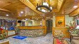 Baymont Inn & Suites on the River Lobby