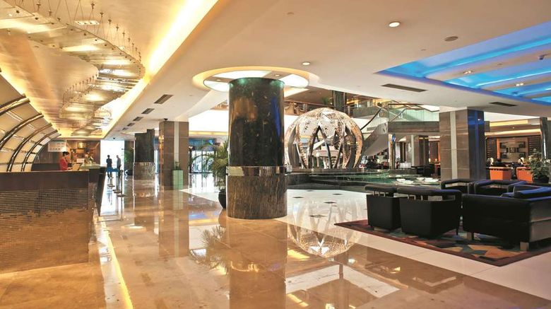 """<b>Howard Johnson Ginwa Plaza Hotel Xi'an Lobby</b>. Images powered by <a href=""""https://iceportal.shijigroup.com/"""" title=""""IcePortal"""" target=""""_blank"""">IcePortal</a>."""