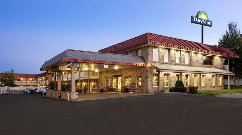 """Days Inn by Wyndham, Montrose Exterior. Images powered by <a href=""""http://web.iceportal.com"""" target=""""_blank"""" rel=""""noopener"""">Ice Portal</a>."""