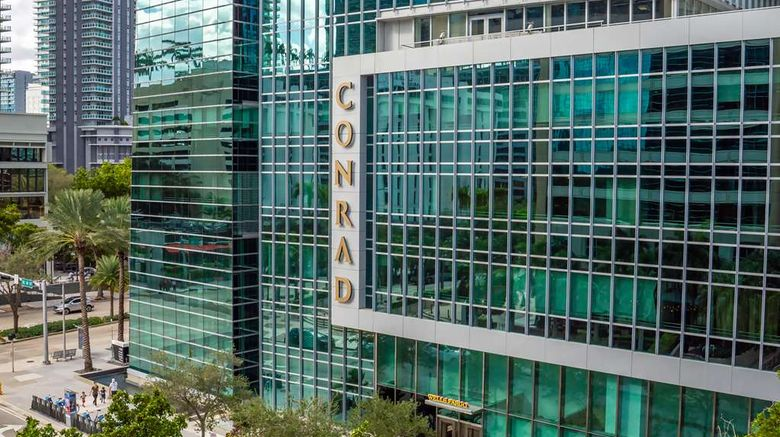 """Conrad Miami Exterior. Images powered by <a href=""""http://web.iceportal.com"""" target=""""_blank"""" rel=""""noopener"""">Ice Portal</a>."""
