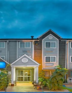Microtel Inn & Suites RDU