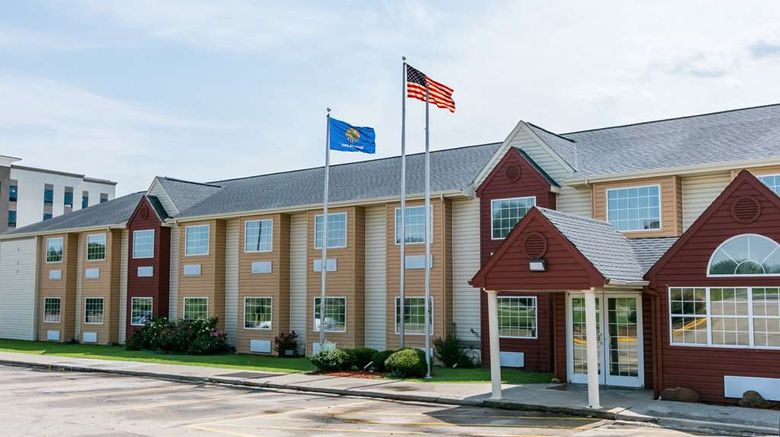 """Days Inn  and  Suites Pryor Exterior. Images powered by <a href=""""http://web.iceportal.com"""" target=""""_blank"""" rel=""""noopener"""">Ice Portal</a>."""