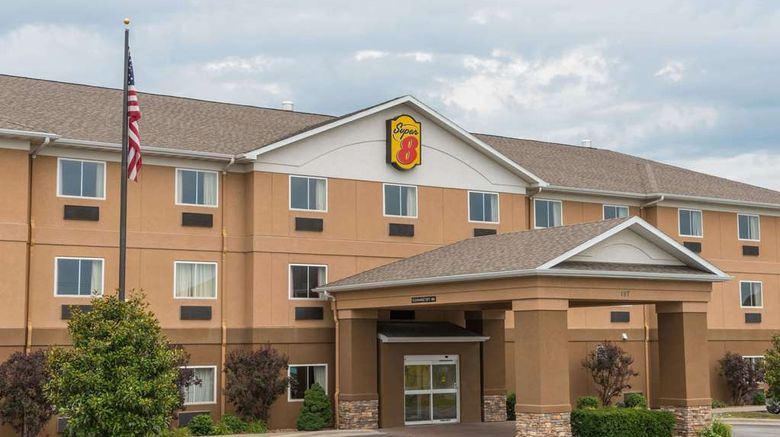 """Super 8 St Robert Ft Leonard Wood Area Exterior. Images powered by <a href=""""http://web.iceportal.com"""" target=""""_blank"""" rel=""""noopener"""">Ice Portal</a>."""