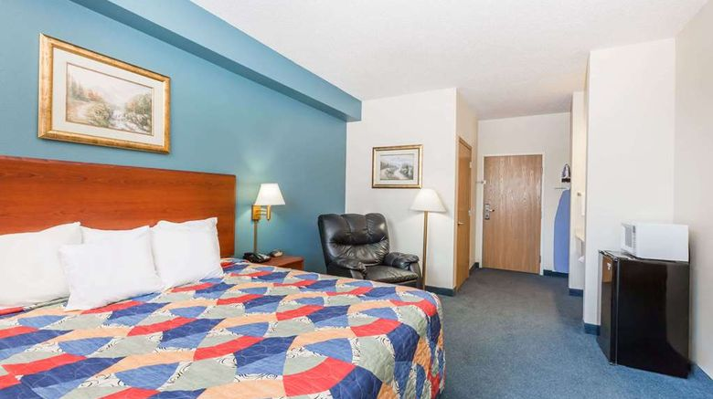 """<b>Days Inn Hotel Spencer IA Room</b>. Images powered by <a href=""""https://iceportal.shijigroup.com/"""" title=""""IcePortal"""" target=""""_blank"""">IcePortal</a>."""