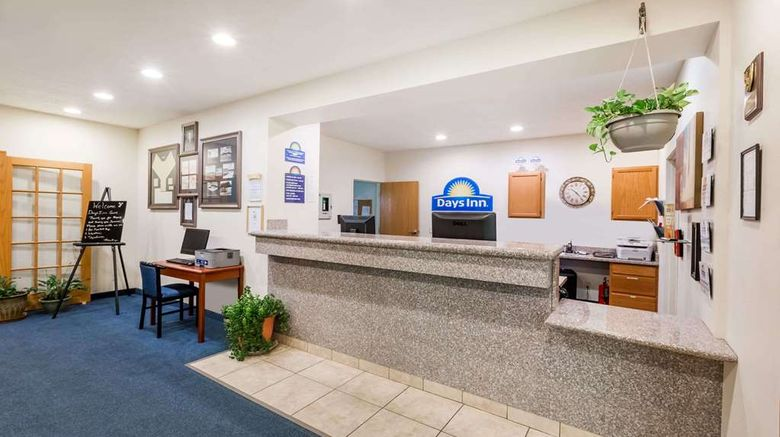 """<b>Days Inn Hotel Spencer IA Lobby</b>. Images powered by <a href=""""https://iceportal.shijigroup.com/"""" title=""""IcePortal"""" target=""""_blank"""">IcePortal</a>."""