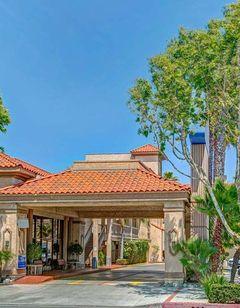 Baymont Inn & Suites LAX / Lawndale