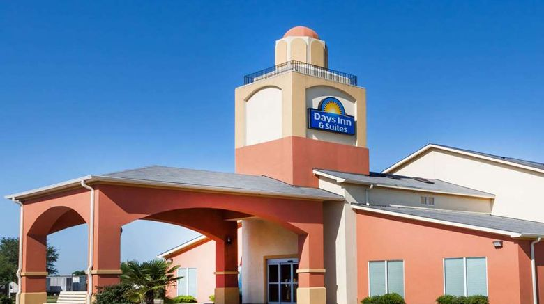 """Days Inn  and  Suites Marquez Exterior. Images powered by <a href=""""http://web.iceportal.com"""" target=""""_blank"""" rel=""""noopener"""">Ice Portal</a>."""